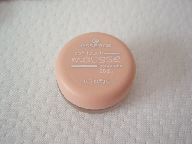 Essence Soft Touch Mousse Concealer - Soft sand - 5 g