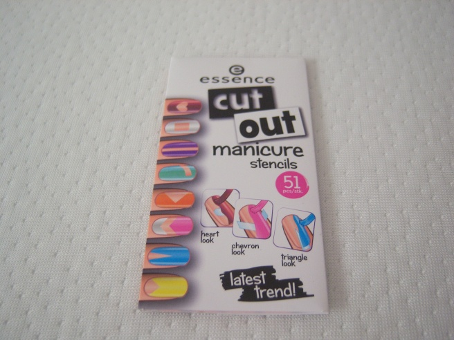 Essence Cut Out - Nagelschablonen